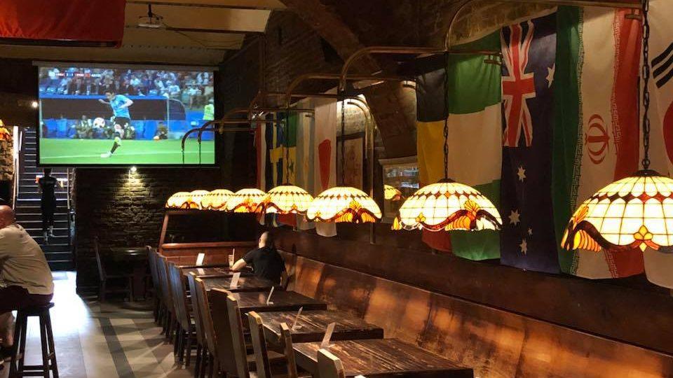 Sports bar Krakow: Watch football in Krakow