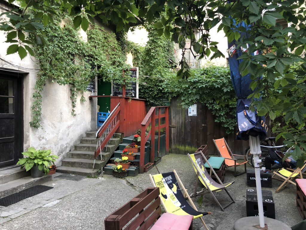 Artefakt-Cafe-Krakow